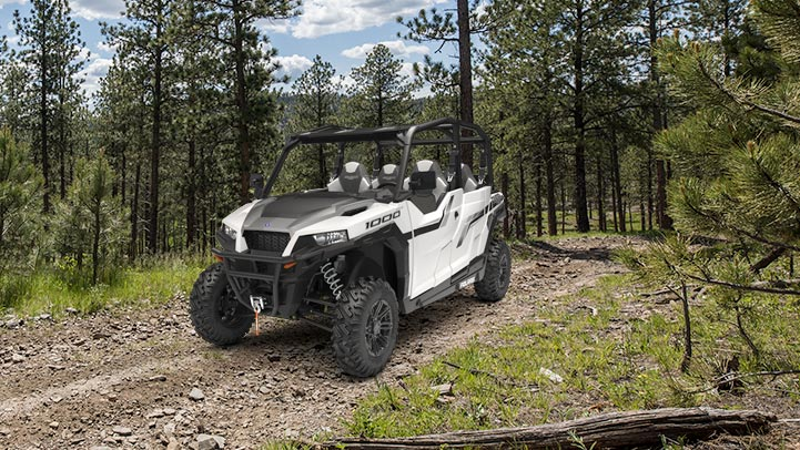 Polaris General 4 1000 EPS - VÉRITABLE TRACTION INTÉGRALE (AWD)
